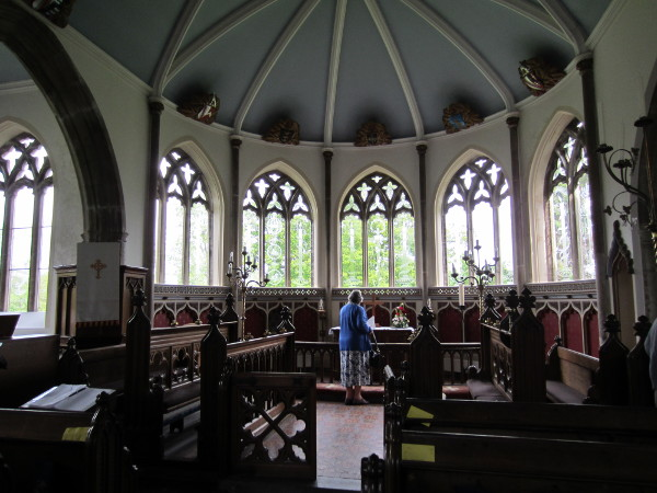 Moreton Church Interior